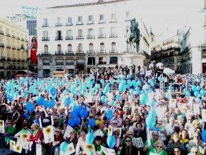 Más de 20.000 personas llenan la Puerta del Sol con un SI A LA VIDA 2