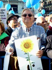 Más de 20.000 personas llenan la Puerta del Sol con un SI A LA VIDA 3