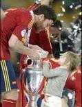 Un aplauso a... La selección Española de fútbol por su celebración en familia 5