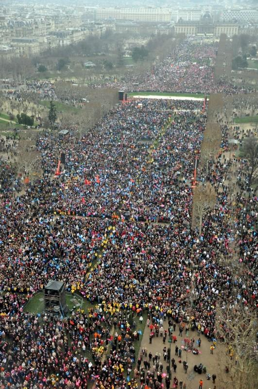 """Éxito de la manifestación contra el """"matrimonio gay"""" en París 1"""
