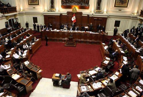 Triunfo pro-vida: Congreso peruano rechaza reparto de anticonceptivos a menores 1