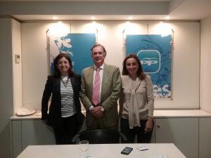 Sandra Moneo, Mariano Calabuig y Luisa Maldonado