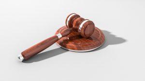 Los jueces denuncian que el 'decretazo' vulnera la separación de poderes 1
