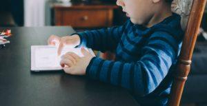 Menores e internet, adicción y riesgo 1
