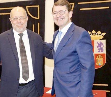 El catedrático López-Muñiz desmonta el anteproyecto de Ley LGTBI de CyL 1