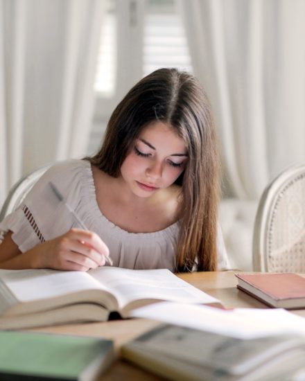 """Confinamiento, niños, """"deberes"""", educación 1"""